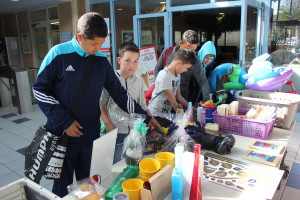 Flohmarkt im AquaMar am 18. und 19.04.2015_copyright Rolf Klinge (13)