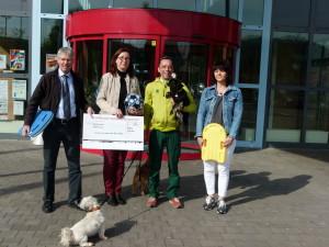 Übergabe Spende an Cappeler Tierheim 29_04_2015 (Foto Schneidewindt) (1)