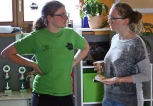Waffel-Expertinnen unter sich .Foto Tierheim Marburg