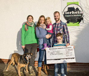 16-12-12-spende-tierheim-marburg-cappel2