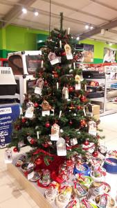 fressnapf-weihnachtsbaum-2